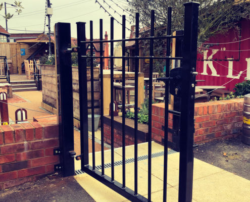 steel gate manufacturer